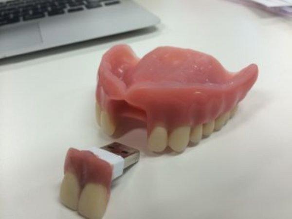 USB Dentures